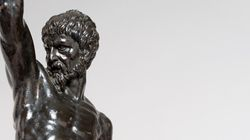 ミケランジェロの作品か 120年間も作者不明の銅像(画像)