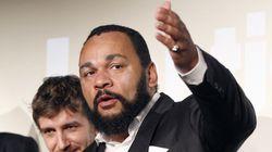 パリ銃撃犯に共感示した芸人デュドネさんを拘束 フランス捜査当局