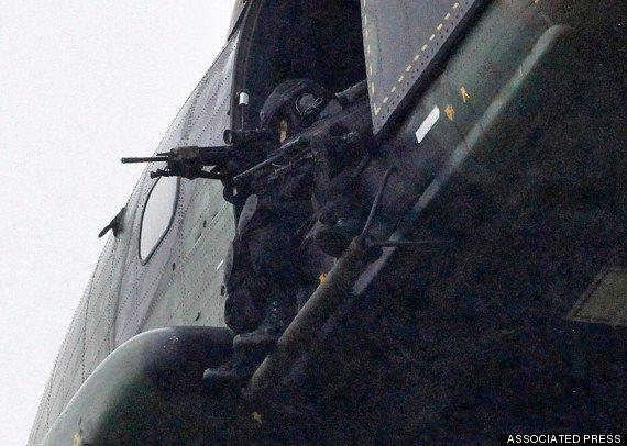パリで銃撃戦 人質とって立てこもりか【シャルリー・エブド襲撃事件】