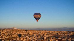 世界遺産カッパドキア どこまでも続く空と熱気球(画像)