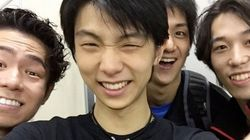 羽生結弦ら満面の笑顔、村上大介が自撮り公開「ファイナル、すっごく応援してる」