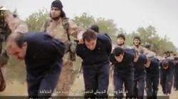 イスラム国、同性愛者2人に石を投げて公開処刑