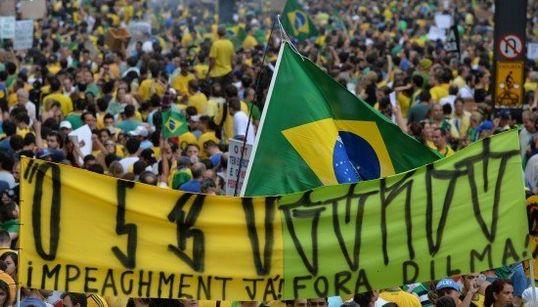 ブラジル100万人デモで国内経済がさらに悪化へ「革命に至る可能性がある」