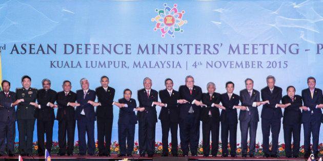 KUALA LUMPUR, MALAYSIA - NOVEMBER 04: From left to right, Australia's Defense Minister Marise Payne,...
