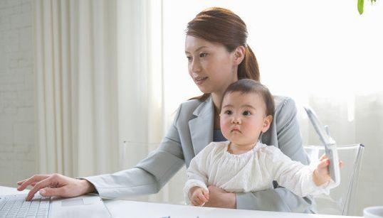 【地図】子育て世代の女性が働いている県・そうでない県