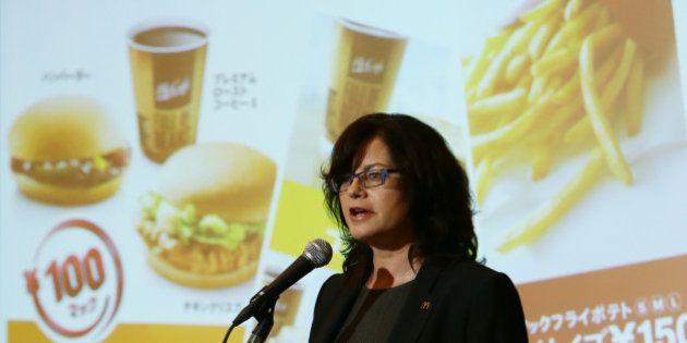 日本マクドナルド社長、期限切れ肉問題で陳謝 売上高は計画比15~20%減
