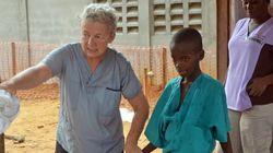 エボラ感染が最悪規模 リベリアは学校閉鎖