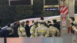 【東海道新幹線】停車中の車両の屋根で男性が感電 一時運転見合わせ 新横浜駅