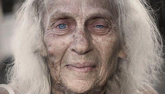 ホームレスの「魂」が感じられる肖像写真7枚