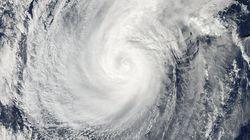 【台風情報】20号の衛星写真、NASAが公開 日本の南を北上