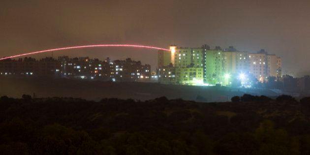 ガザでイスラエル軍の地上作戦開始 戦車が境界超えて侵入