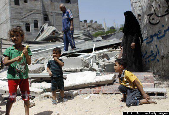ガザ地区へのイスラエル軍空爆、死者150人を超える 障害者施設への爆撃も