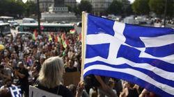 ギリシャ国民投票、「緊縮策受け入れ」「ユーロ離脱」揺れる世論