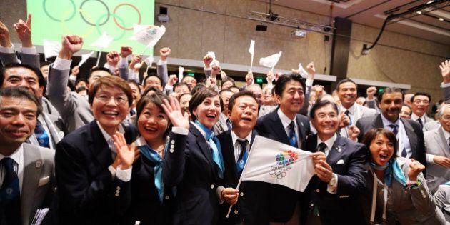 BUENOS AIRES, ARGENTINA - SEPTEMBER 07: Tokyo 2020 CEO Masato Mizuno (2R), Prime Minister of Japan Shinzo...