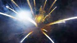 打ち上げ花火を上から見たら 空いっぱいの流れ星のように幻想的【動画】