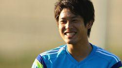 内田篤人がワールドカップ初戦、円陣の中で聞いた岡崎慎司の言葉に胸が熱くなる