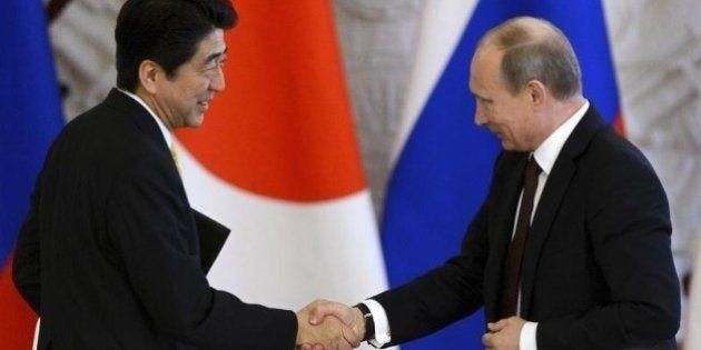 安倍首相、プーチン大統領と10分間会談 何を話した?