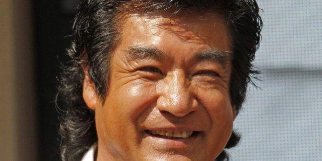 藤岡弘、を「自称 現代の侍」と表現