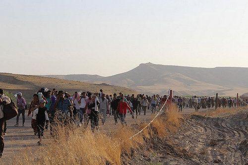 シリアのクルド人難民、3万人がイラク北部クルド自治区に流入