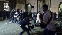 治安部隊がモスク突入