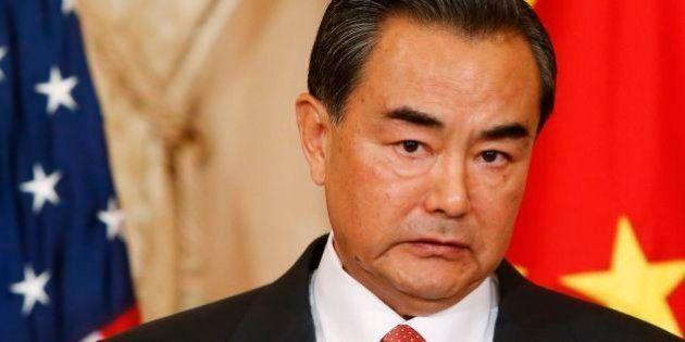 香港デモ、中国外相「海外諸国は内政干渉すべきでない」【傘の革命】