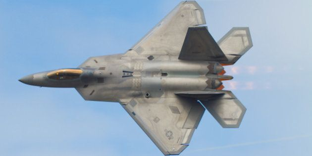 [UNVERIFIED CONTENT] Lockheed Martin F-22A Raptor carries out a 'Dedication Pass' as part of it's display...