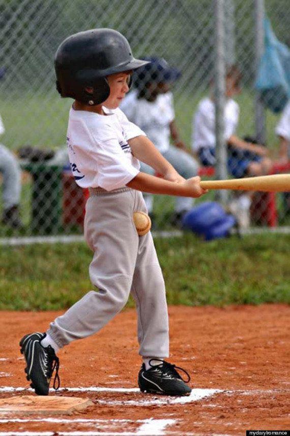 とてつもない災難に見舞われた野球少年に同情の涙を禁じ得ない【画像】
