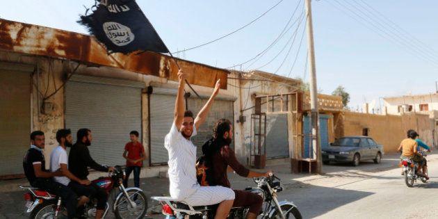 イスラム国の戦い方に変化 試されるアメリカ空爆の効力