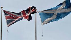 スコットランド世論調査で独立派初のリード、英政府は自治拡大方針