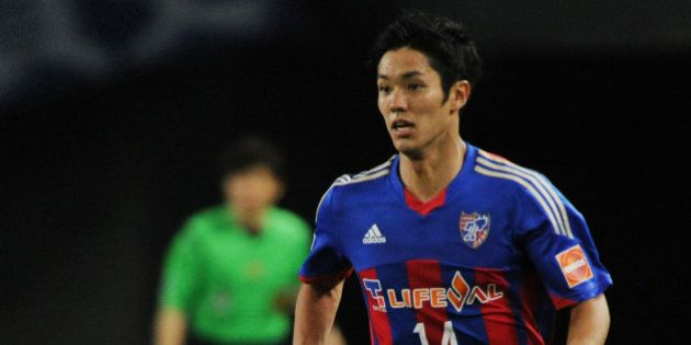 TOKYO, JAPAN - MAY 17: (EDITORIAL USE ONLY) Yoshinori Muto #14 of FC Tokyo in action during the J.League...