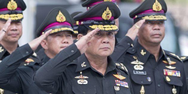 【タイ】プラユット陸軍司令官が暫定首相に クーデターを主導、強まる独裁色