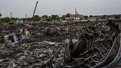 マレーシア航空機、墜落現場で火事場泥棒 ウクライナ顧問「略奪者がクレジットカードを盗んでいる」