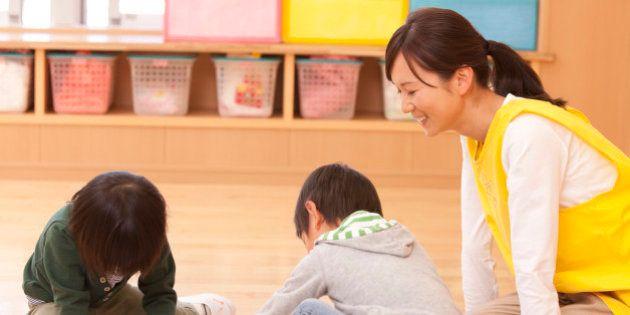 「子育て支援員」資格新設、主婦も20時間で保育従事者に 2015年度から