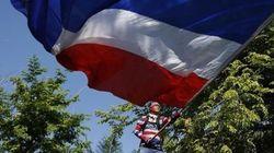 タイ、タクシン派政党が軍事政権への反対運動を開始