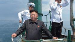 金正恩氏、潜水艦に乗り込んで直接指導 北朝鮮メディアが写真公開