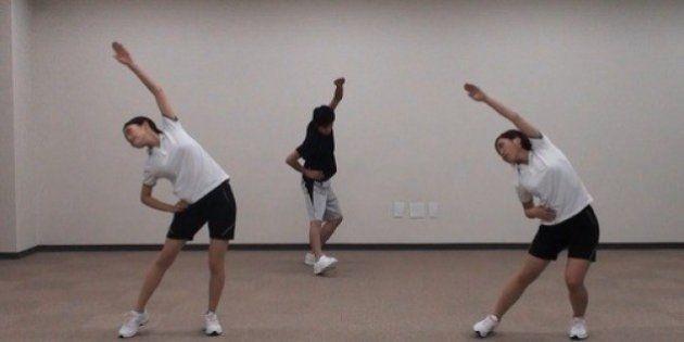 「幻のラジオ体操第三」とは? 東近江市で再現、市役所でも導入