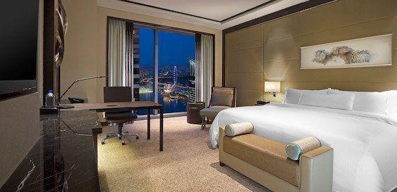 夏休みに絶対体験したい、海外のラグジュアリーホテルに賢く泊まる裏ワザ!