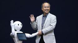 「Pepper(ペッパー)」ソフトバンク、人の感情がわかるロボットを販売へ 孫正義社長「歴史的な転換の日」