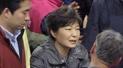 朴槿恵・韓国大統領、支持率の下落が続く