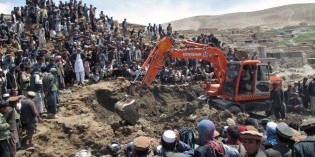 アフガニスタンで地滑り、死者2000人以上か 二次災害の危険、捜索断念も【画像】
