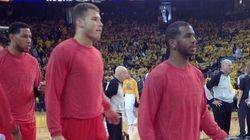 NBA・クリッパーズの選手が人種差別発言したオーナーに無言の抗議【動画】