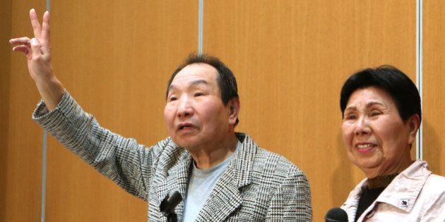 袴田巌さん、元気な姿でVサイン 釈放後初めて公の場に【画像】