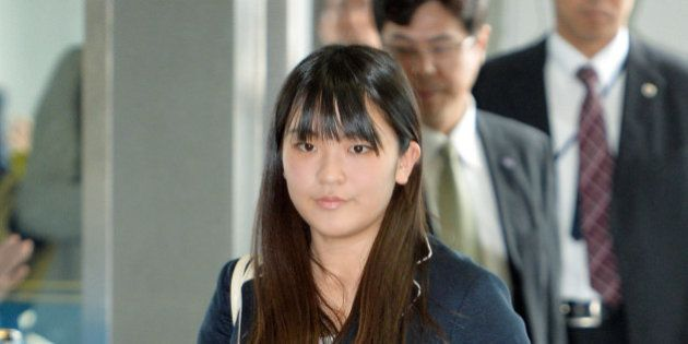眞子さま、大学卒業後の本格的な公務とは 陶磁器の祭典では名誉総裁に