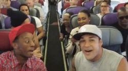 もしも飛行機で突然「ライオンキング」を歌い出したら【動画】