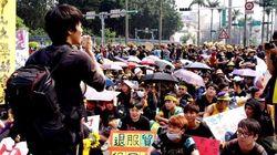 台湾で11万人の抗議集会 中国との協定撤回求める