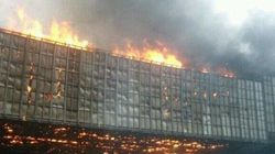首都高・渋谷付近で火災