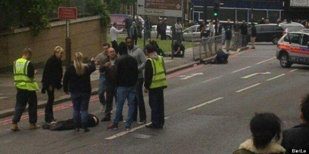 ロンドンで男性殺害、イスラム過激派のテロか【写真と動画】