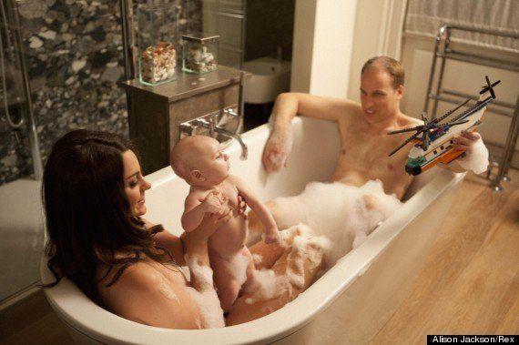 【パロディ写真】親子でお風呂に入るイギリスロイヤルファミリー