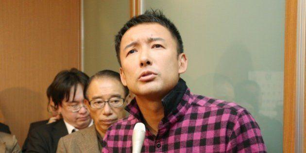 山本太郎議員、天皇陛下に手紙手渡しで懲罰の可能性