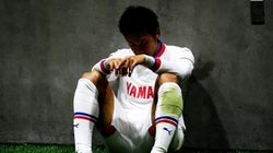 J2降格のジュビロ磐田、公式Facebookでうなだれる選手の写真を投稿し批判受ける